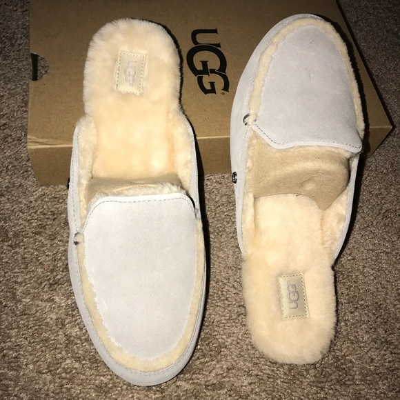 f6d7aebea UGG Shoes | Lane Slippers Women 9 | Poshmark